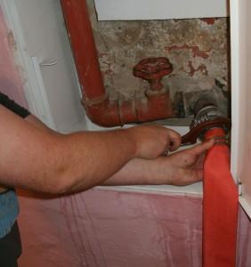 Проверка пожарнвх кранов на герметичность